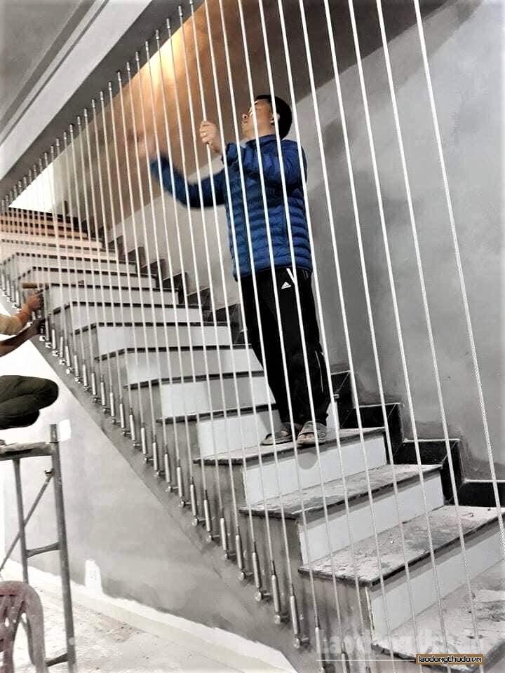 Dịch vụ lắp đặt lưới an toàn hút khách sau vụ bé gái rơi từ tầng cao chung cư