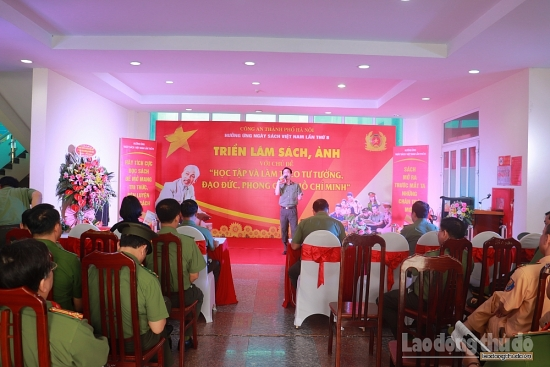 Công an thành phố Hà Nội hưởng ứng ngày sách Việt Nam lần thứ 8