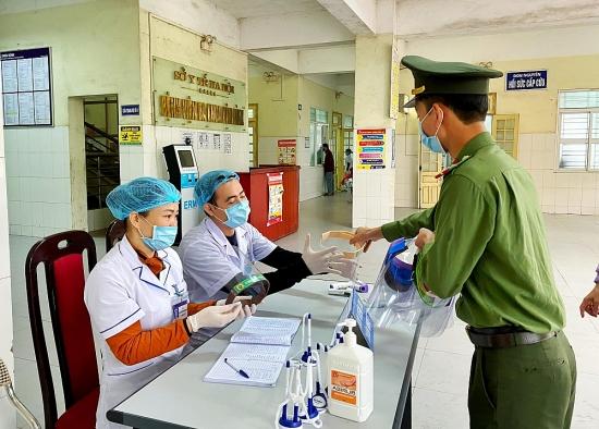 Huyện Ứng Hòa tăng cường các biện pháp phòng, chống Covid-19
