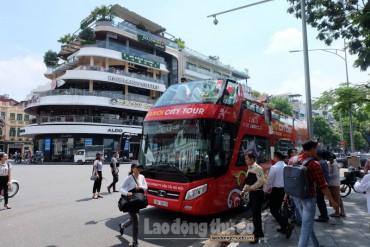 Khai trương tuyến xe buýt 2 tầng ở Thủ đô