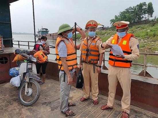 Tăng cường phòng, chống dịch Covid-19 trên các tuyến sông qua địa bànThủ đô
