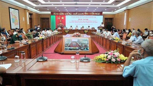 Ứng cử viên đại biểu Hội đồng nhân dân Thành phố tiếp xúc cử tri quận Nam từ Liêm