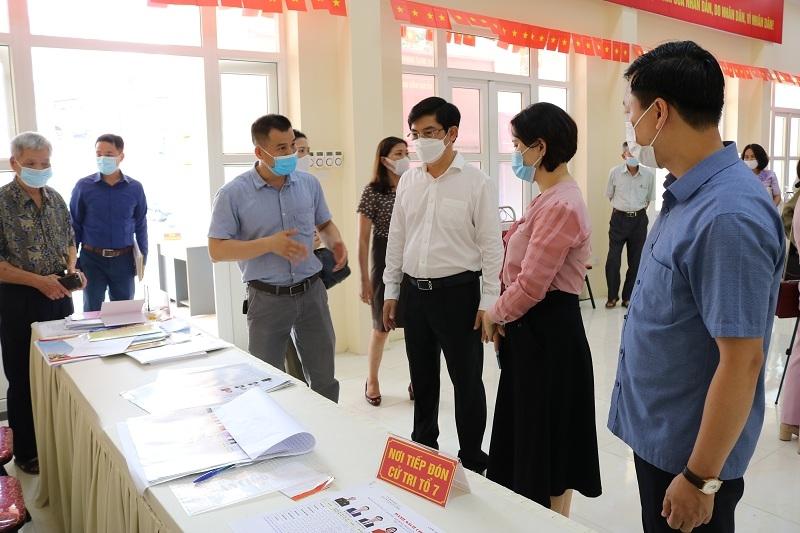 Thành phố kiểm tra công tác bầu cử và phòng, chống Covid-19 tại quận Nam Từ Liêm