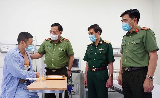 Hà Nội: Khen thưởng công dân dũng cảm khống chế đối tượng đang bị truy nã