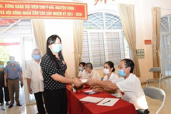 Huyện Ứng Hòa: Không khí ngày bầu cử diễn ra trang trọng, nghiêm túc