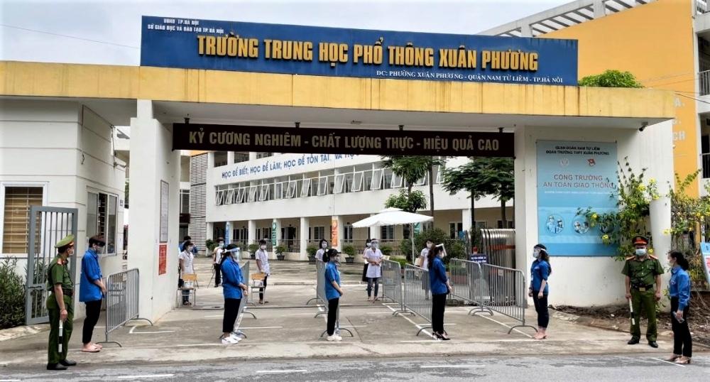 Quận Nam Từ Liêm: Diễn tập phòng, chống dịch Covid-19 cho kỳ thi tuyển sinh vào lớp 10