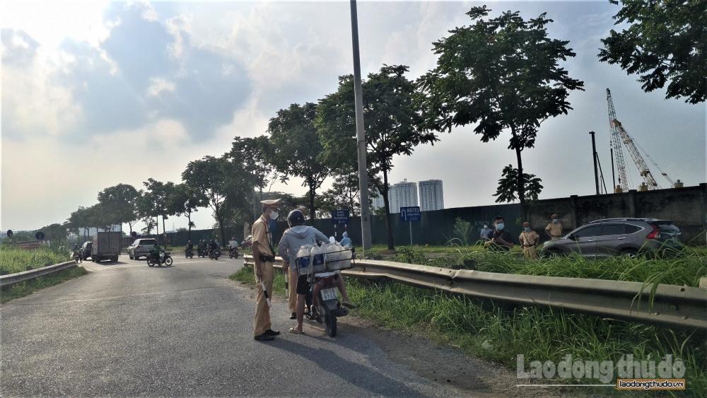 Tăng cường xử phạt người điều khiển xe mô tô đi vào đường cao tốc