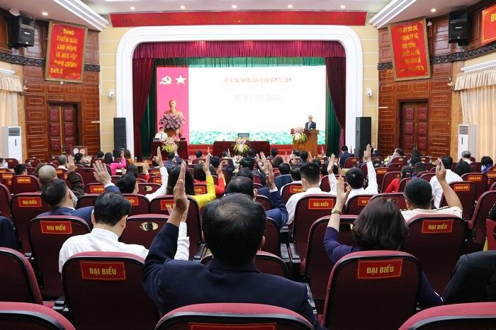 Ông Nguyễn Huy Cường tái cử Chủ tịch Ủy ban nhân dân quận Nam Từ Liêm