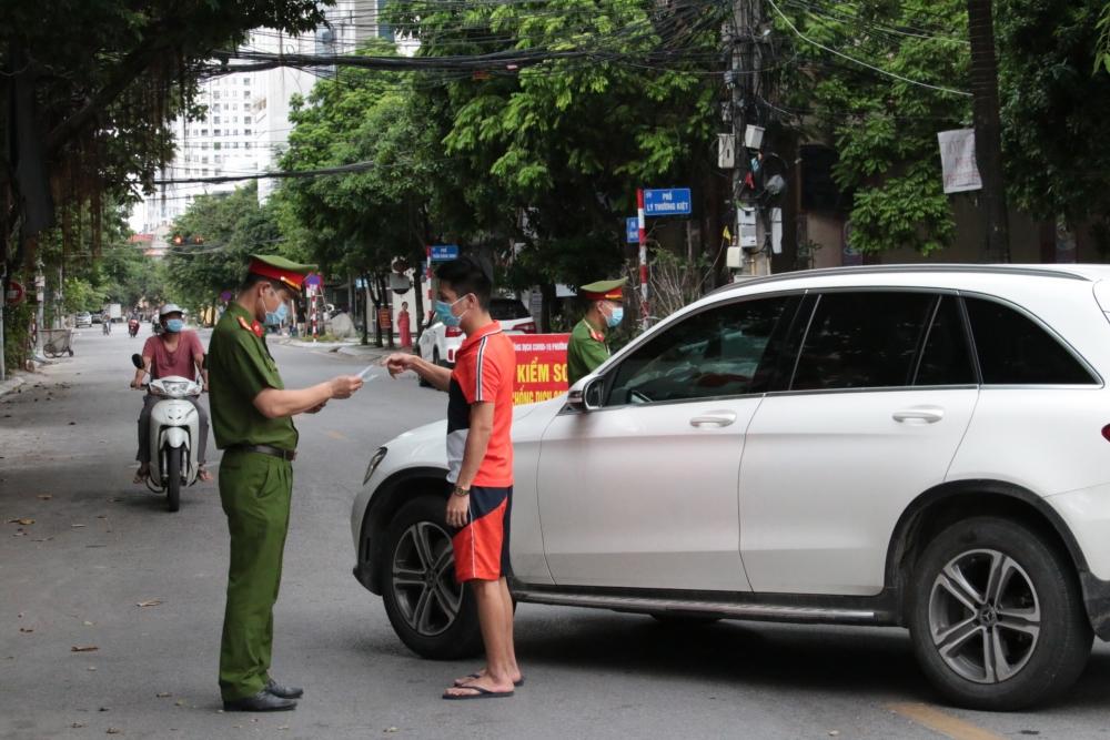 Ngày 31/7: Hà Nội phạt hơn 1 tỷ đồng với 689 trường hợp vi phạm công tác phòng, chống dịch