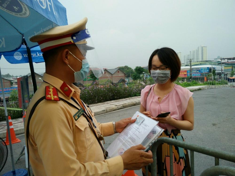 Ngày 10/8: Hà Nội xử phạt hành chính 1.012 trường hợp vi phạm phòng, chống dịch