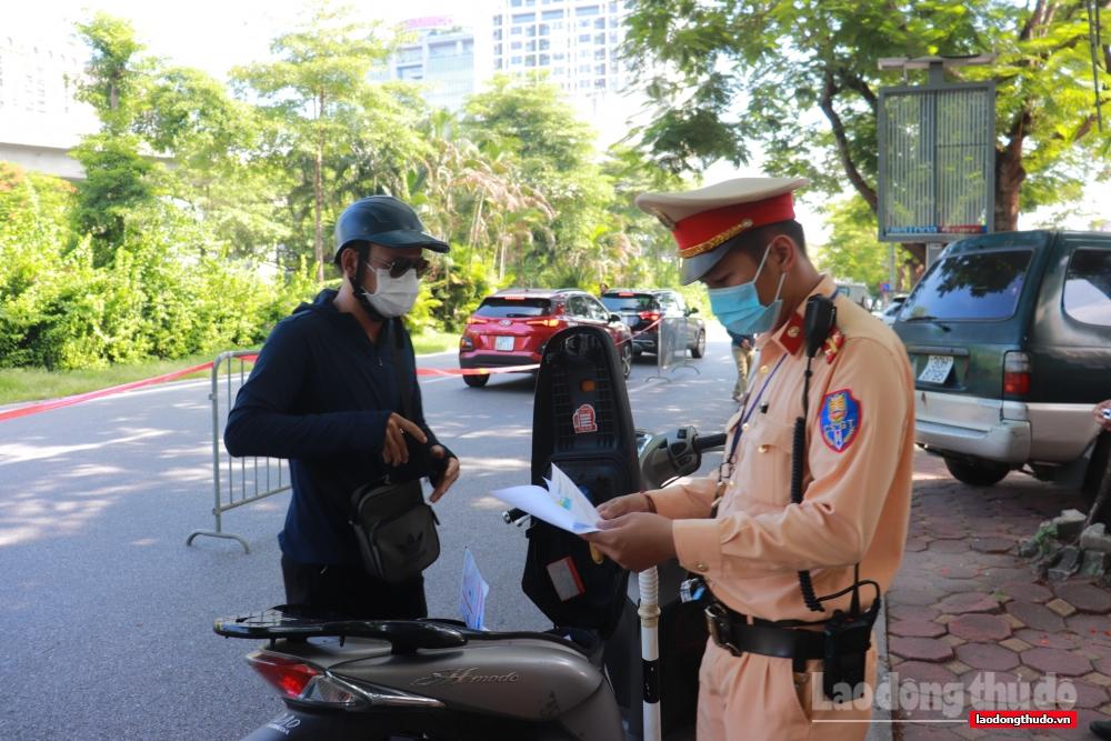 Ngày 23/8, xử phạt hơn 700 trường hợp vi phạm công tác phòng, chống dịch