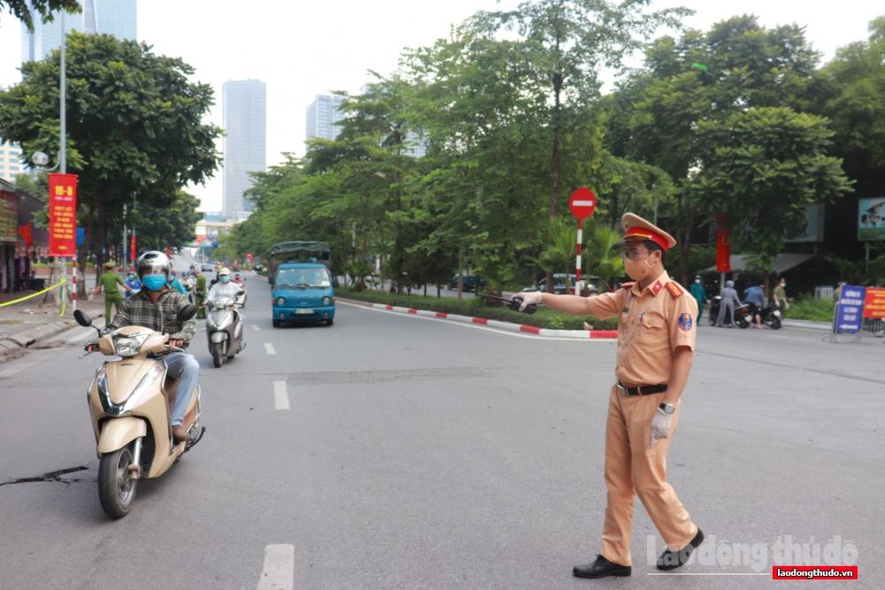 Công an thành phố Hà Nội lập 21 chốt kiểm soát việc  ra vào