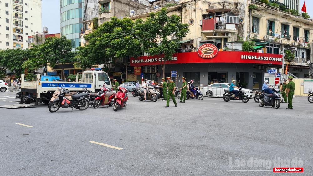 Hà Nội: Xử phạt 370 trường hợp vi phạm công tác phòng, chống dịch Covid-19