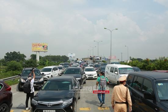 Kiểm soát gần 19 nghìn lượt phương tiện ra - vào Thành phố