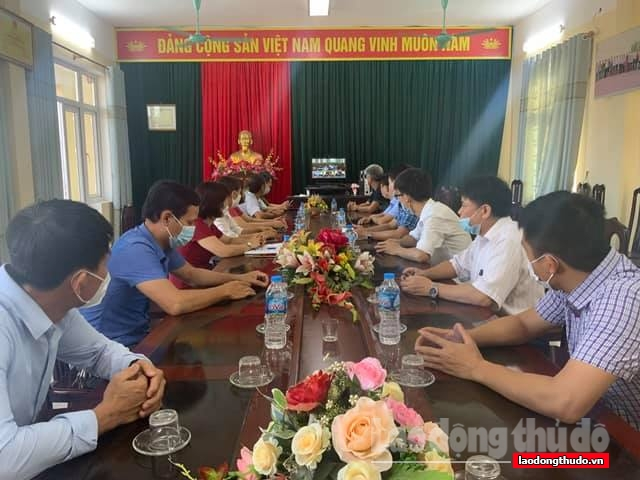 Đơn vị bầu cử số 15 tiếp xúc cử tri trực tuyến huyện Ứng Hòa