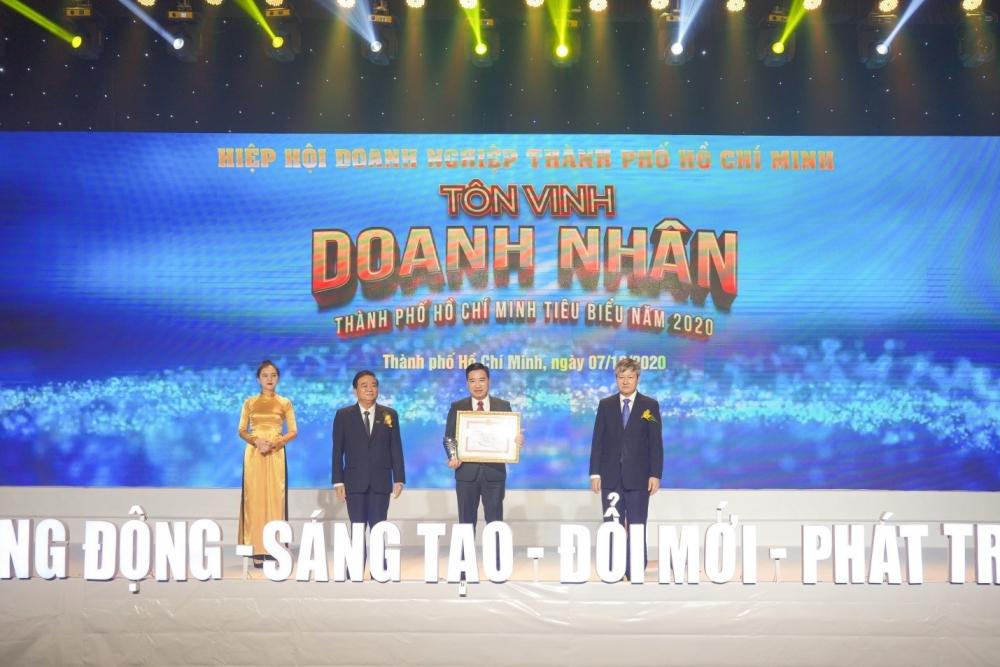 Tập đoàn Hưng Thịnh thắng lớn với loạt giải thưởng doanh nghiệp, doanh nhân tiêu biểu năm 2020