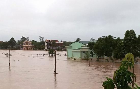BIDV dành 1 tỷ đồng hỗ trợ đồng bào bị ảnh hưởng bởi lũ lụt tại Quảng Bình, Quảng Trị