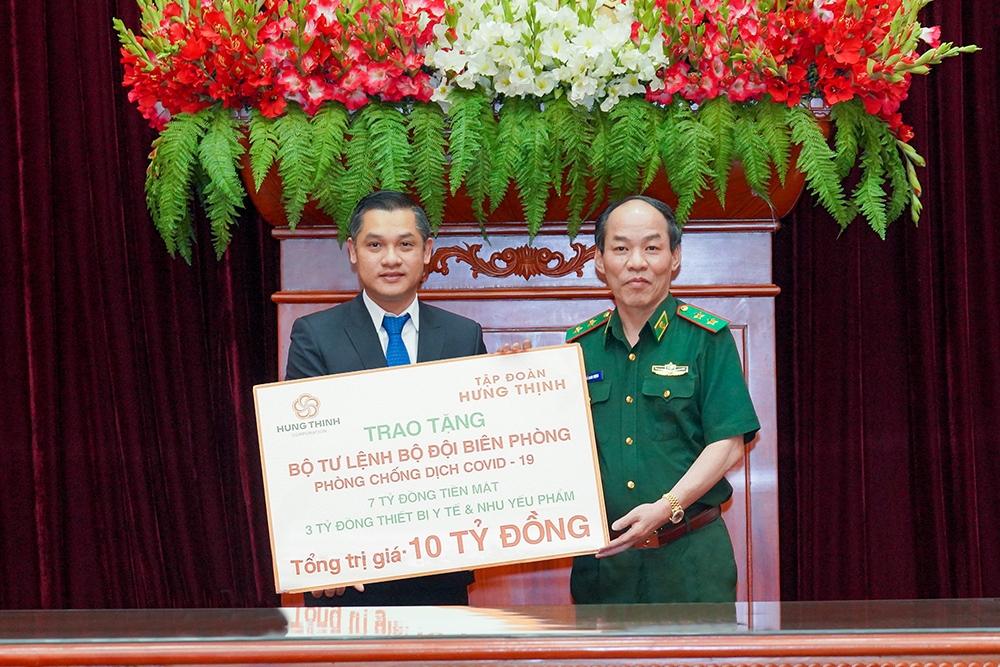 Tập đoàn Hưng Thịnh trao tặng 10 tỷ đồng cho Bộ Tư lệnh Bộ đội Biên phòng hỗ trợ phòng, chống dịch Covid-19