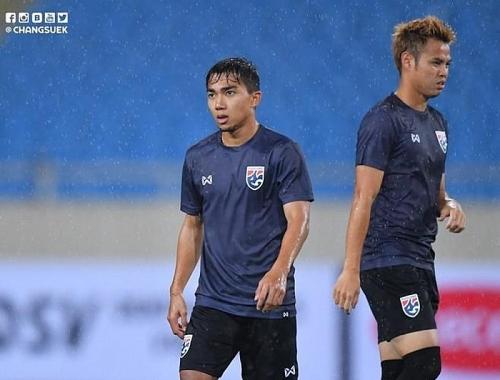 Tập luyện trên sân Mỹ Đình có thể gây bất lợi cho tuyển Thái Lan.