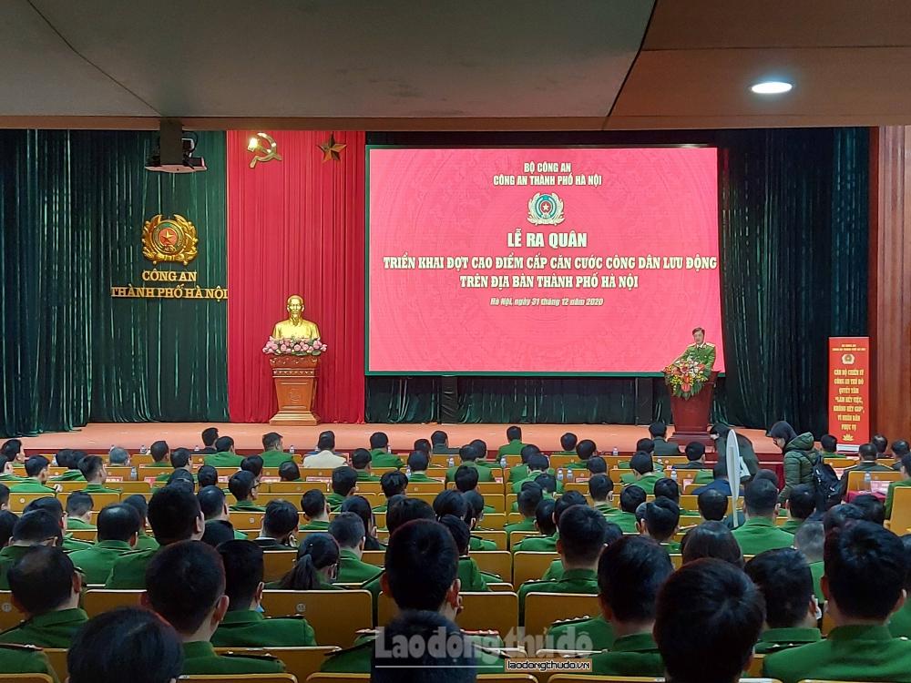 Hà Nội: Phát động triển khai đợt cao điểm cấp căn cước công dân gắn chíp lưu động