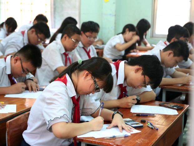 Nghiêm cấm vận động học sinh không thi vào lớp 10