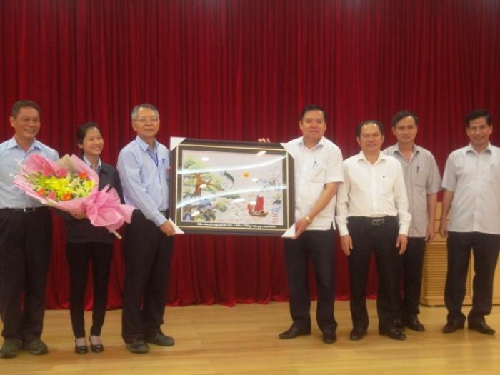 LĐLĐ tỉnh Hà Tĩnh thăm doanh nghiệp nhân Ngày doanh nhân Việt Nam