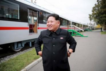 Báo Hàn: Ông Kim Jong-un mua Mercedes bọc thép 1,8 triệu USD