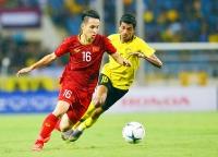Tiền vệ Đỗ Hùng Dũng: Cánh chim không mỏi của bóng đá Việt Nam