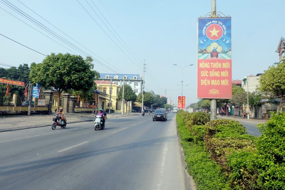Quyết tâm thành huyện nông thôn mới điển hình tiên tiến
