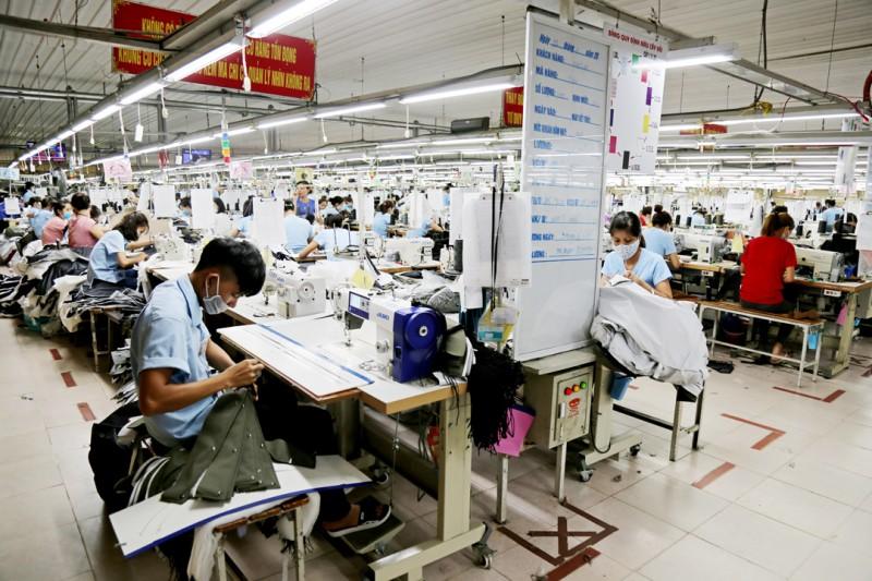 Ổn định thị trường lao động những tháng đầu năm