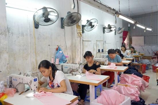 Tổn thất việc làm diễn ra trên quy mô lớn