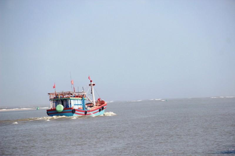 Hỗ trợ ngư dân khai thác hải sản ở các vùng biển quốc tế