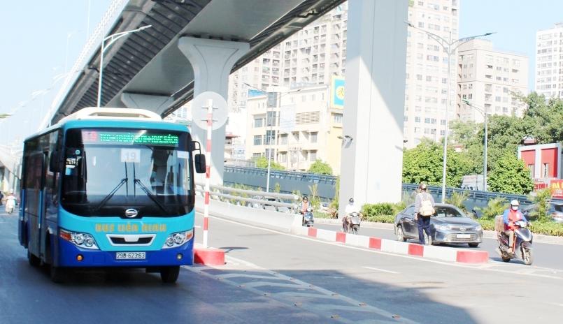Từ 13/10, thí điểm tổ chức hoạt động vận tải hành khách liên tỉnh