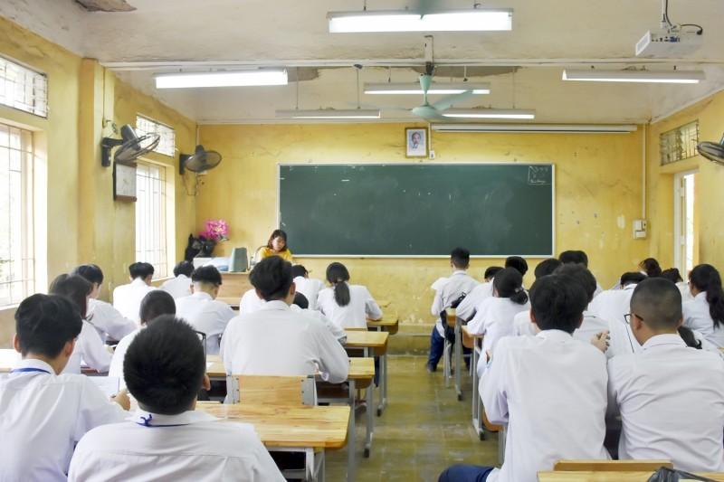 Quy định mới về tuyển dụng đặc cách giáo viên có hợp đồng lao động