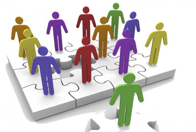 Viên chức giữ chức vụ lãnh đạo đạt trình độ ngoại ngữ bậc 4
