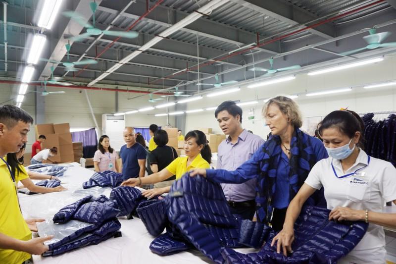 Doanh nghiệp và người lao động  đều hưởng lợi