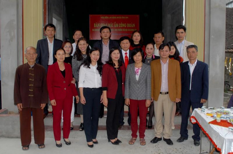 Liên đoàn Lao động huyện Ứng Hòa: Bàn giao mái ấm công đoàn