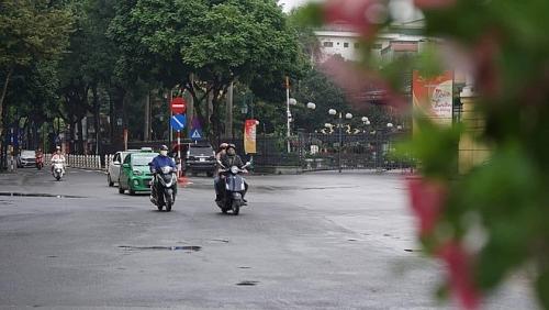 Ngày mồng 3 Tết: Hà Nội trời rét, Nam Bộ ngày nắng