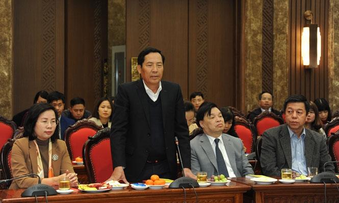 Chủ tịch Hội Nhà báo Việt Nam Thuận Hữu phát biểu ý kiến tại buổi gặp mặt