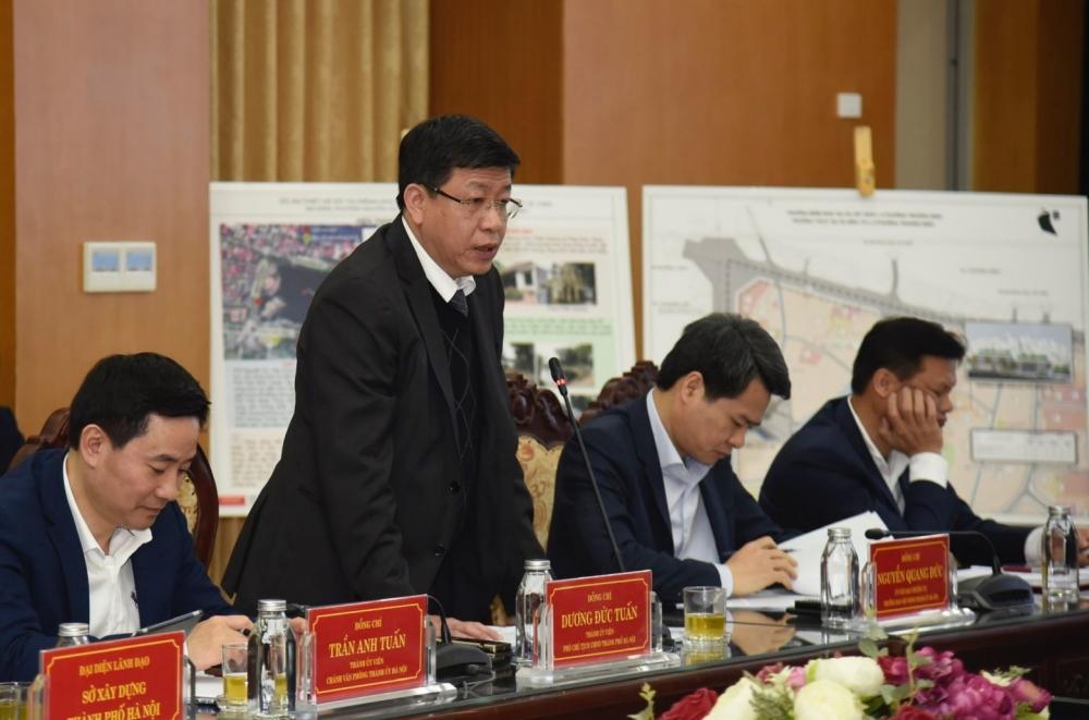 Phó Chủ tịch Ủy ban nhân dân thành phố Hà Nội Dương Đức Tuấn phát biểu tại buổi làm việc