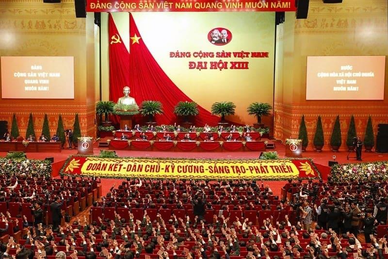 Đại hội XIII của Đảng bầu 17 đồng chí vào Đoàn Chủ tịch