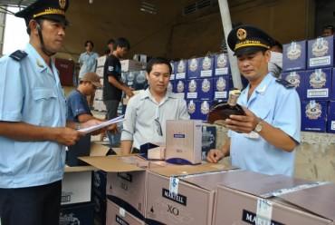 Rượu bán thành phẩm khi nhập khẩu không phải dán tem