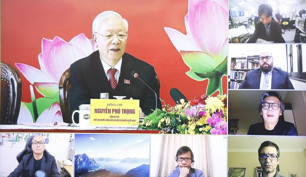 Tổng Bí thư, Chủ tịch nước Nguyễn Phú Trọng trả lời các câu hỏi của phóng viên cơ quan thông tấn, báo chí trong nước và quốc tế, được tiến hành trực tiếp và trực tuyến.