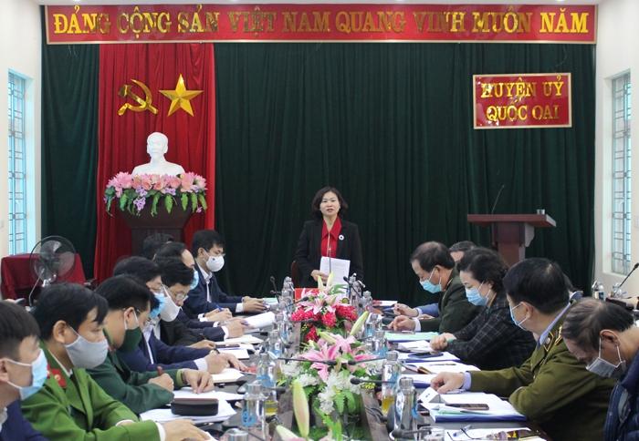 Phó Bí thư Thường trực Thành ủy Hà Nội Nguyễn Thị Tuyến chỉ đạo công tác phòng, chống dịch Covid-19 tại huyện Quốc Oai