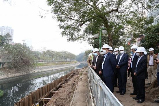 Bí thư Thành ủy Vương Đình Huệ kiểm tra tiến độ nhà máy nước thải Yên Xá