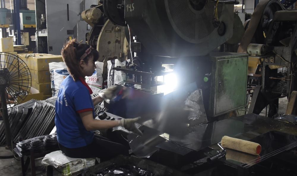 Nghề cơ khí của Thanh Thùy đã áp dụng máy móc thiết bị hiện đại vào sản xuất