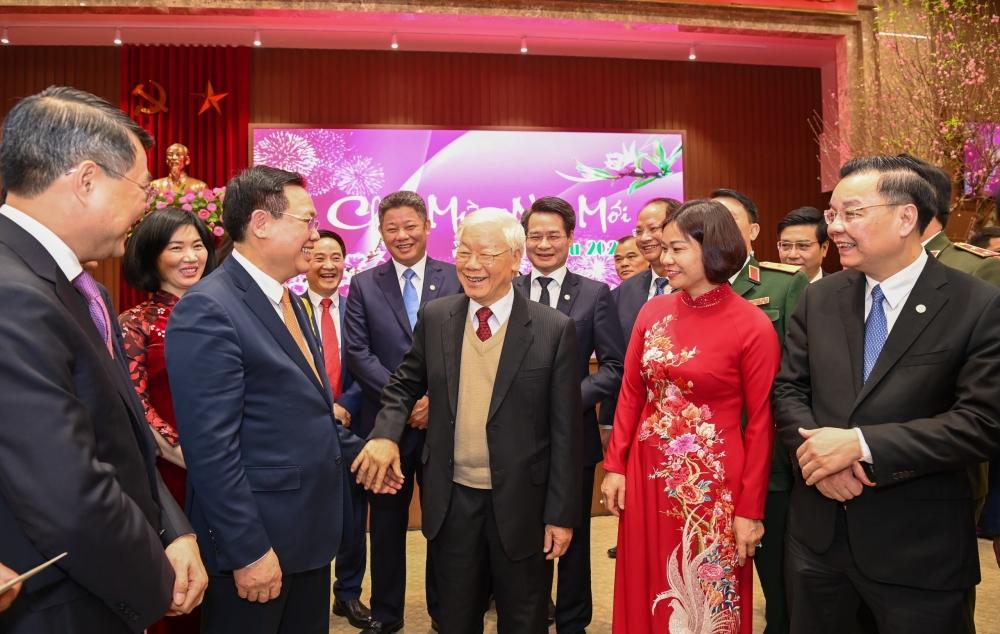 Tổng Bí thư, Chủ tịch nước Nguyễn Phú Trọng với các đại biểu tại trụ sở Thành ủy Hà Nội