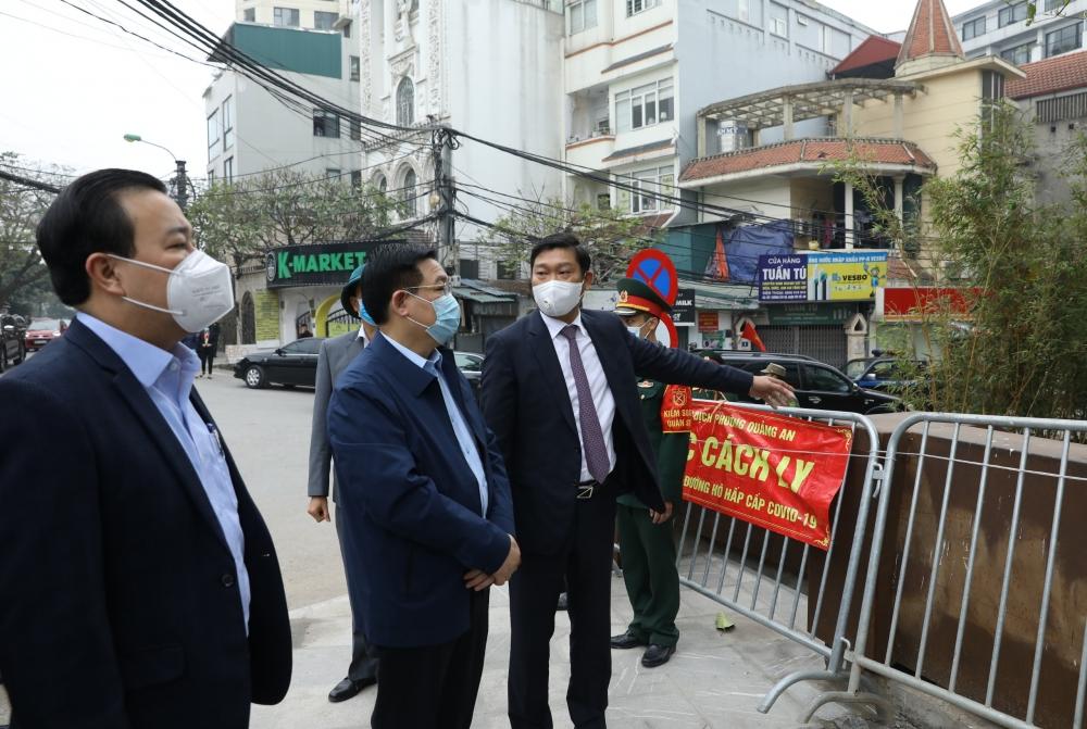 Bí thư Thành ủy Vương Đình Huệ: Khẩn cấp xác định chính xác nguồn lây của bệnh nhân 2229
