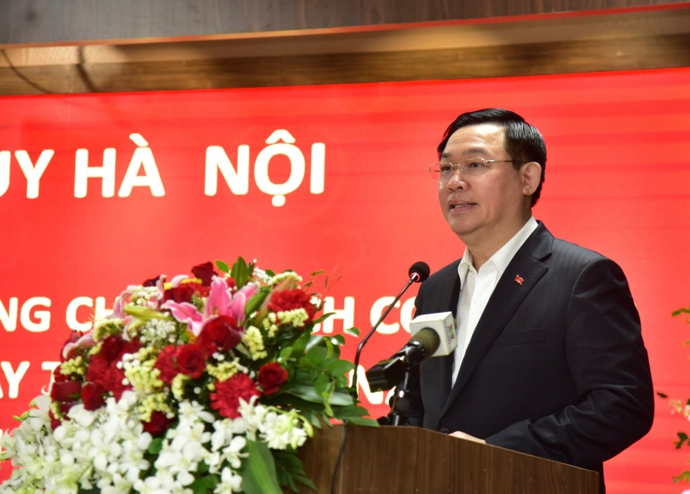 Bí thư Thành ủy Vương Đình Huệ phát biểu chúc mừng Ngày Thầy thuốc Việt Nam