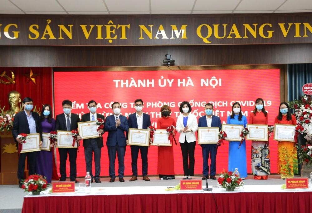 Lãnh đạo thành phố Hà Nội tri ân đội ngũ y, bác sĩ tuyến đầu chống Covid-19